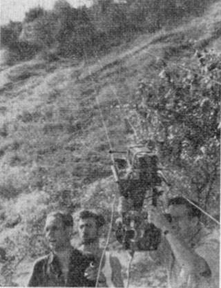 Оператор Вадим Юсов (справа) на съемке фильма «Иваново детство»